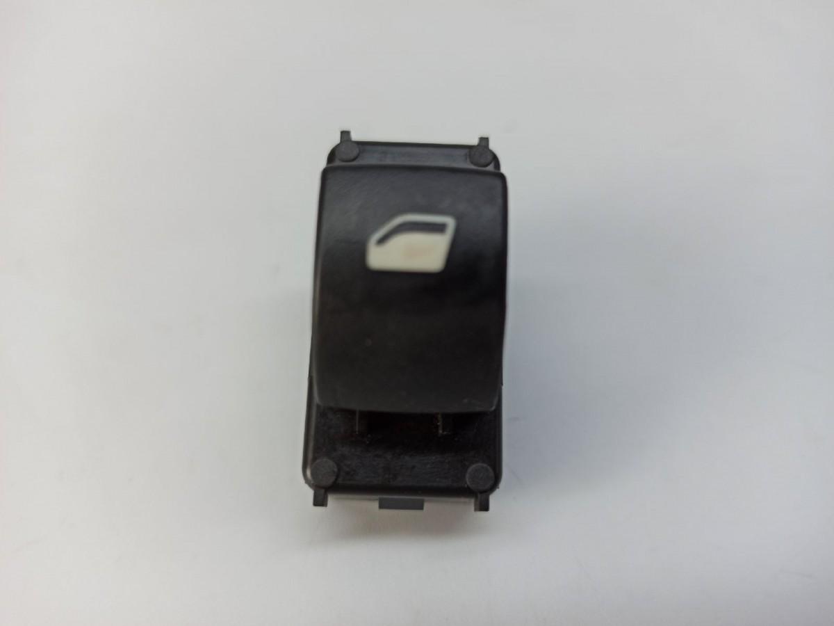 Citroen C4 I LC Bj.05 Fensterheber Schalter vorne rechts 9651465677